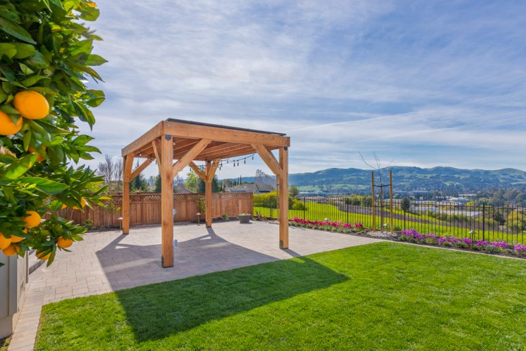 Shade Power solar pergola portfolio example with a view of San Ramon showing vista.